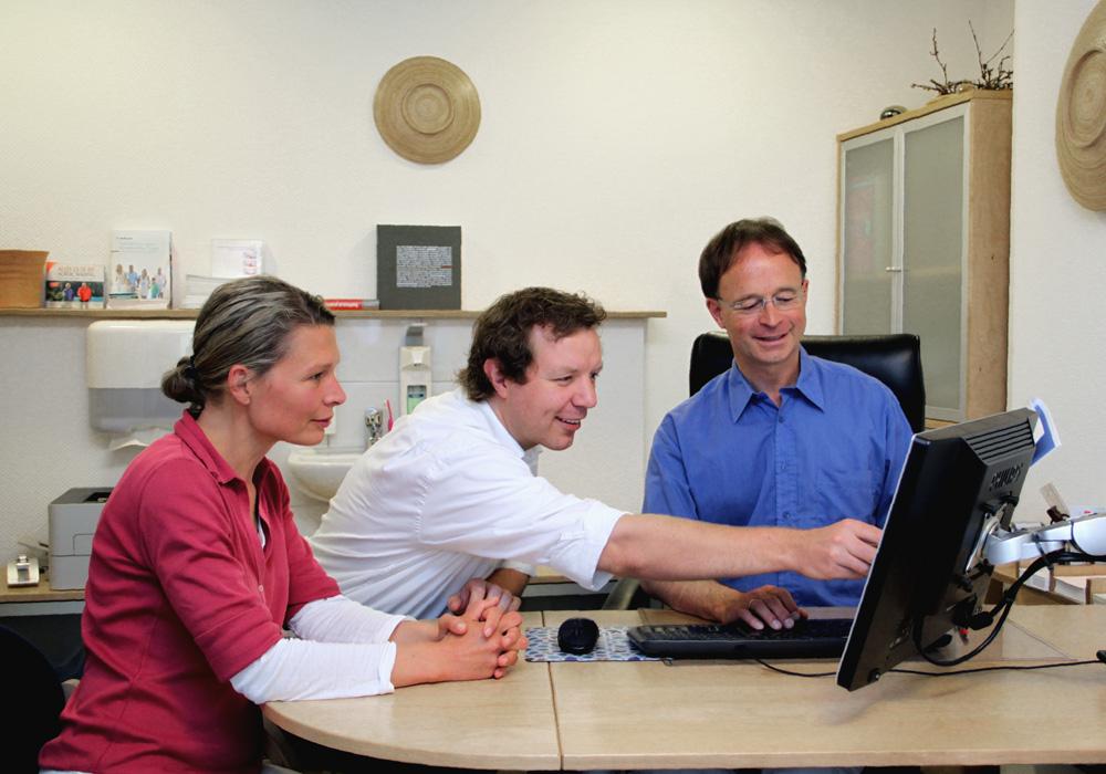 Patientenbezogene Teambesprechungen finden regelmäßig statt